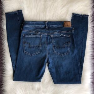 Straight leg stretch jeans